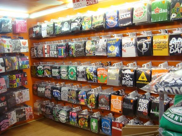 t-shirt shop in amsterdam - (Online-Shop, shoppen, T-Shirt)
