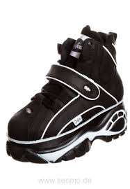 90er Jahre Sneaker | 90er Jahre Schuhe von FILA, Buffalo und