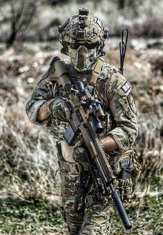 11 - (Soldat, Ausrüstung, Equipment)