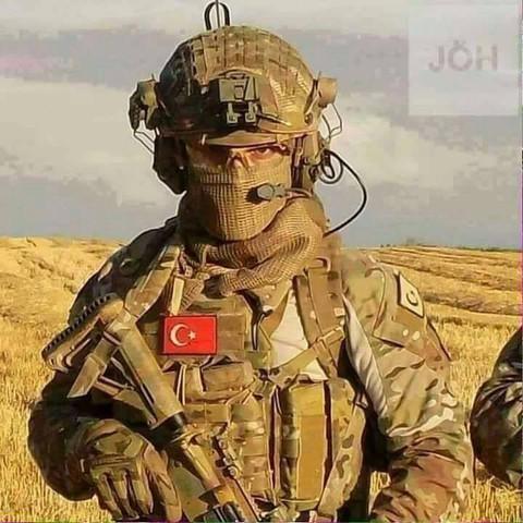22 - (Soldat, Ausrüstung, Equipment)