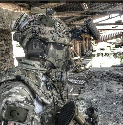 33 - (Soldat, Ausrüstung, Equipment)
