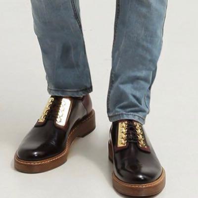 Die Schuhe, die gesucht sind. - (Schuhe, Kleid)