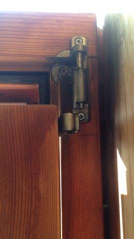 .. - (Haus, Tür, scharnier)