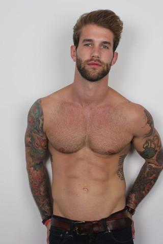 Er - (Männer, Tattoo, Promis)