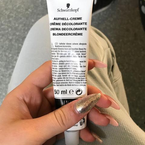 Aufhell creme - (haarefärben, bzw.)