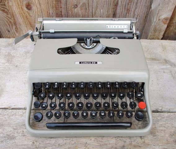 Schreibmaschine - (Antiquitäten, Schreibmaschine)