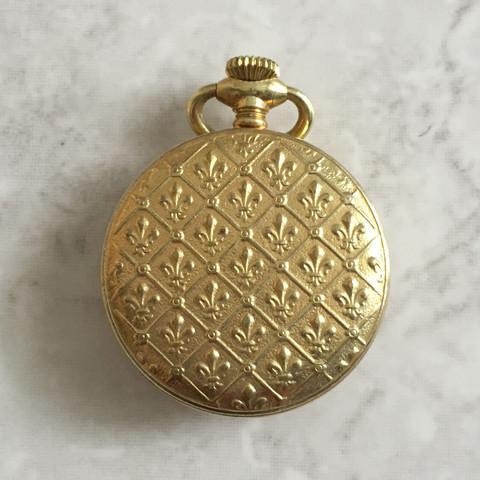 Uhr von hinten  - (Uhr, Taschenuhr, Golduhr)