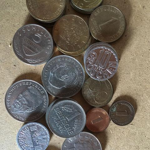 Kennt Sich Jemand Mit Währung Von Früher Aus Münzen Dachboden