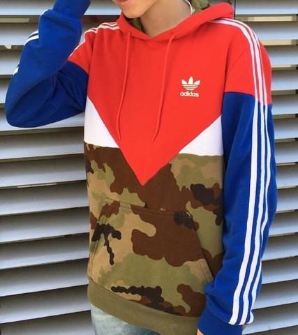 hoodies damen adidas tarnfarbe