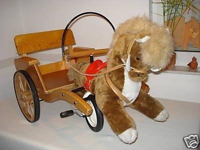 kinder pferde kutsche als dreirad freizeit spielzeug. Black Bedroom Furniture Sets. Home Design Ideas
