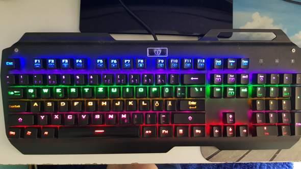 tastatur umgestellt tastenkombination