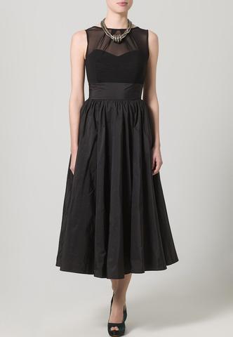Kleid Ansicht 2 - (Kleid, Schmuck, Hochzeit)