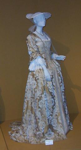 Kleider aus dem 18ten Jahrhundert kaufen? (Kleidung, Filmrequisiten)