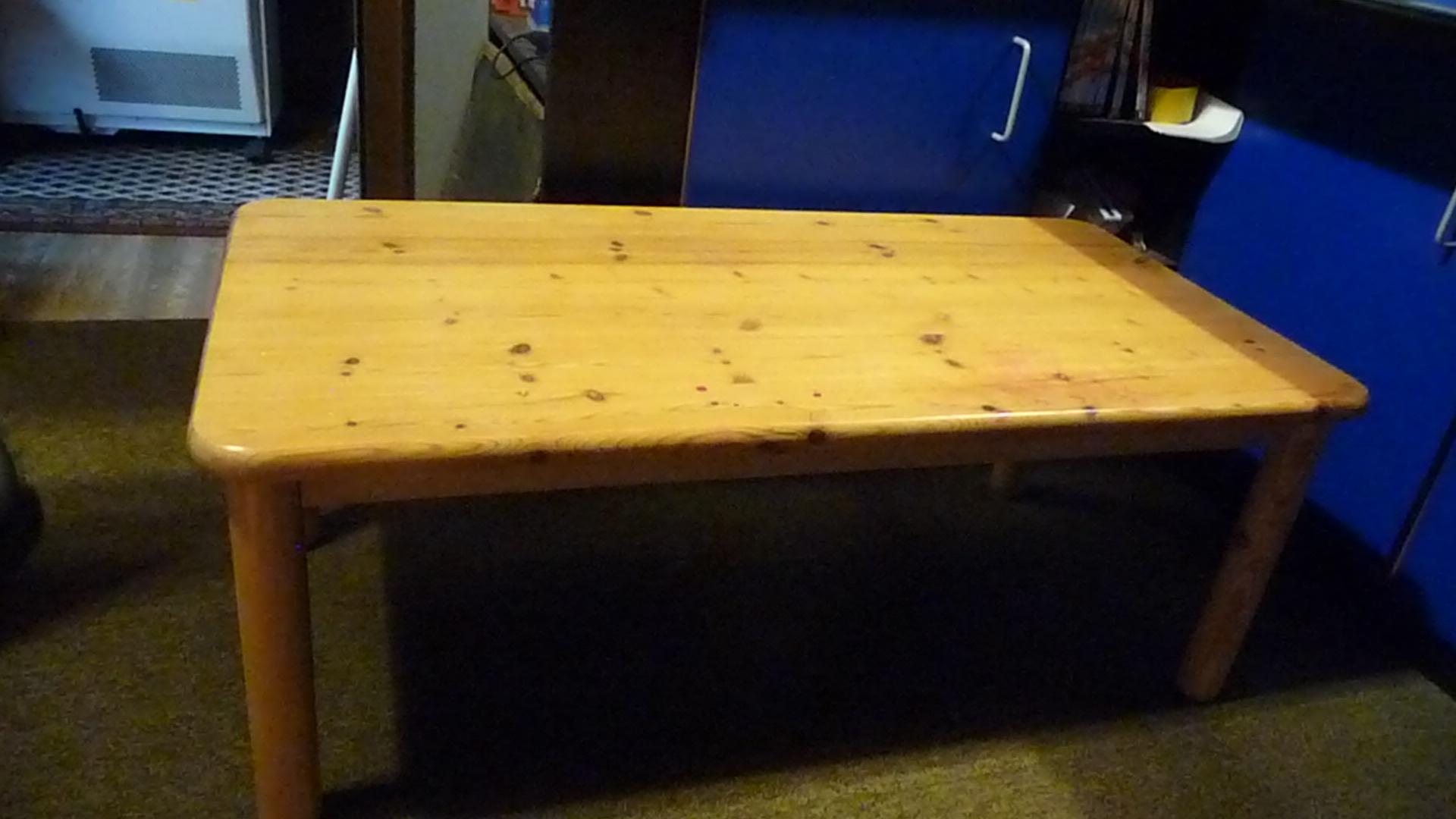 Kleiner holztisch verkaufen holz tisch for Holztisch klein