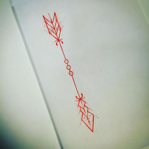 kleiner pfeil als tattoo kosten beauty k rper. Black Bedroom Furniture Sets. Home Design Ideas