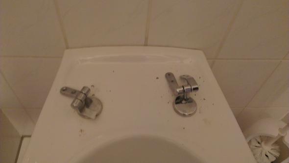 metallbefestiger - (Reparatur, Badezimmer)