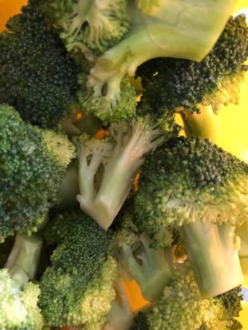Kochen: Nehmt ihr beim frischen Brokkoli das gelbliche weg?