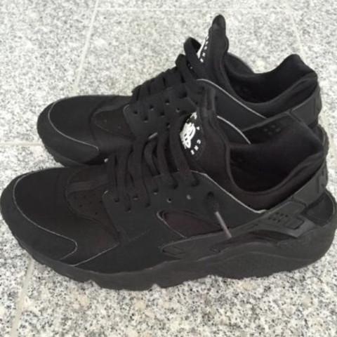 Von der Seite  - (Sex, Schuhe, Nike)