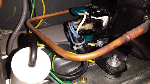Aeg Kühlschrank Kühlt Nicht : Kuehlschrank kühlt nicht mehr richtig an bastler abzugeben