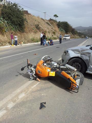 Verkehrsunfall - (Autounfall, Rekonstruktion)