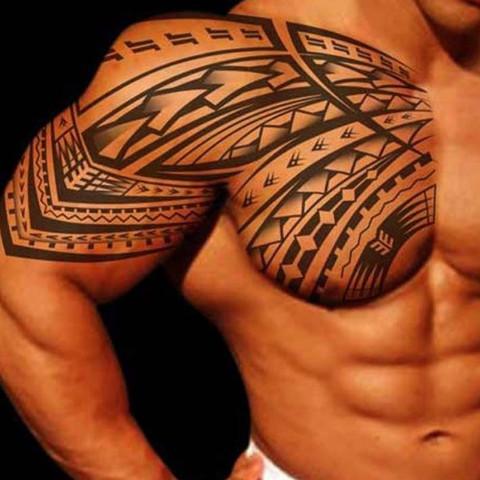 Kosten Desder Tattos Maoritribal Tattoo Oberarm Sitzung