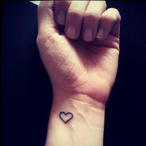 Was Wurde Denn So Ein Kleines Tatto Bei Einem Guten Tattowierer