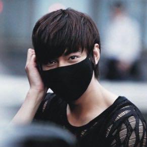 Hier nochmal ein Bild - (Asien, Korea, kpop)