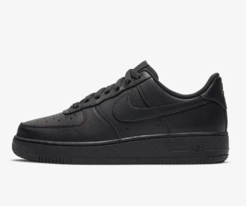 Kriegt man diese Nikes noch(Post mit Bild)?