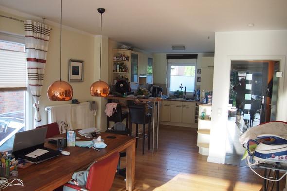 Küche Wohnzimmer Trennen? Raumteiler? Raumidee? Schiebetür? Wer Hat  Kreative Idee? (kreativ, Tür, Offen)