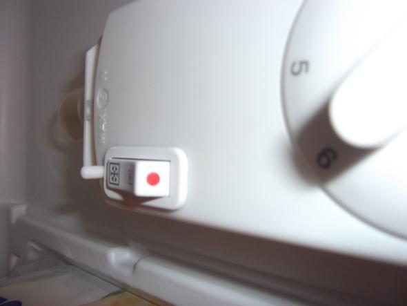 Bosch Kühlschrank Wird Heiß : Rückwand vom kühlschrank wellpappe dranlassen verpackung oder
