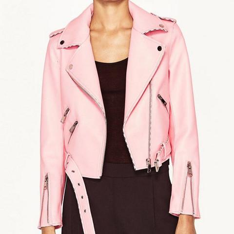 ähnliche Jacke mit Kragen, der an die Seiten geklappt wird  - (Mode, Jacke, waschen)