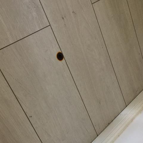 Brandloch - (Wohnung, Reparatur, Heimwerker)