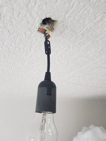 Lampe an Decke befestigen? (Computer, Technik, Technologie)