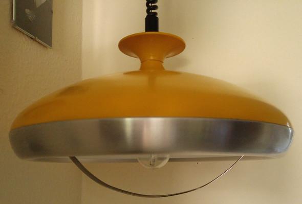 Lampe Der 60er Oder 70er Jahre Hat Jemand Eine Idee Wer Der