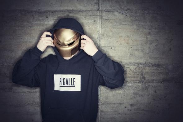 Lance mit der neuen Maske - (Rap, Hip Hop, Maske)