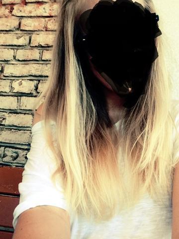 lange blonde haare was kann man für eine neue frisur