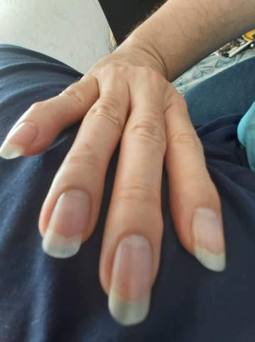 Lange Fingernägel ok oder no go? (Männer)