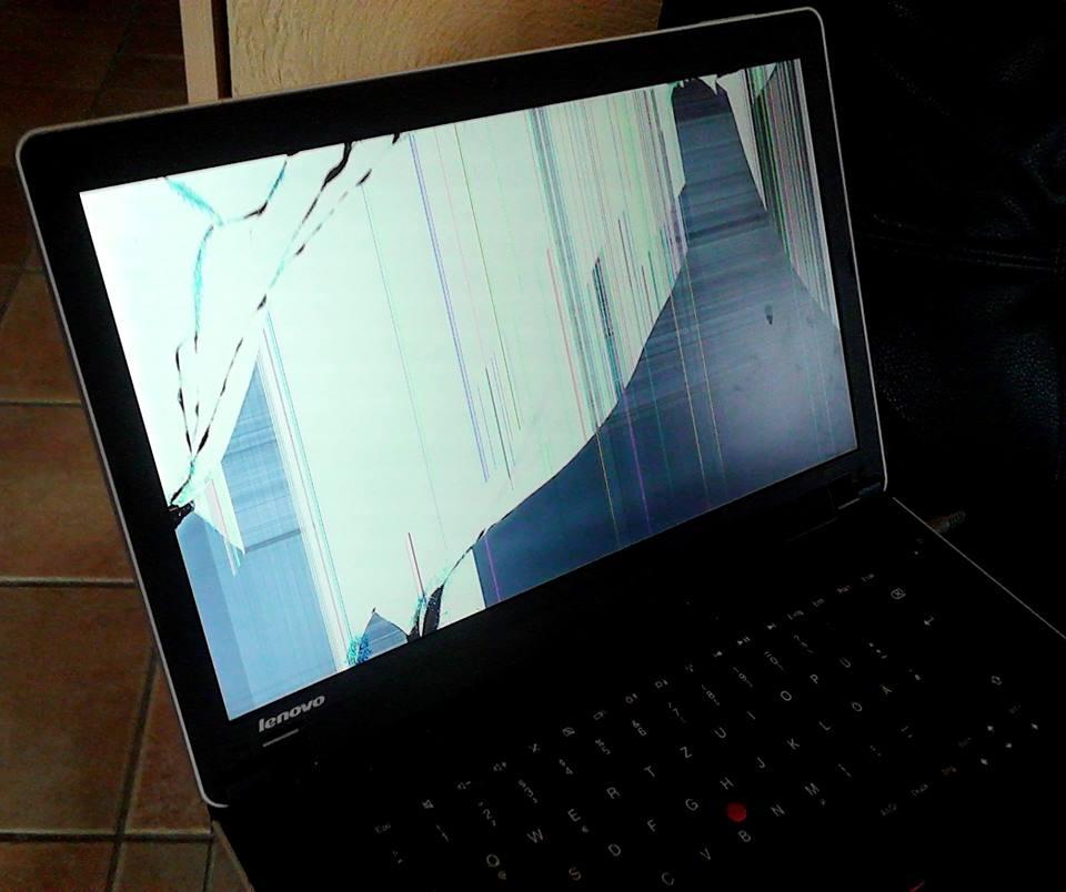 laptop bildschirm ist kaputt neu kaufen oder zur reparatur schicken lenovo thinkpad. Black Bedroom Furniture Sets. Home Design Ideas