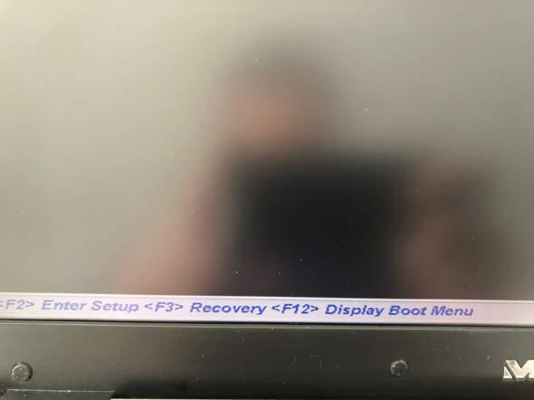 Laptop fährt nicht mehr hoch, was kann ich machen? Habe wichtige Daten auf der Festplatte?