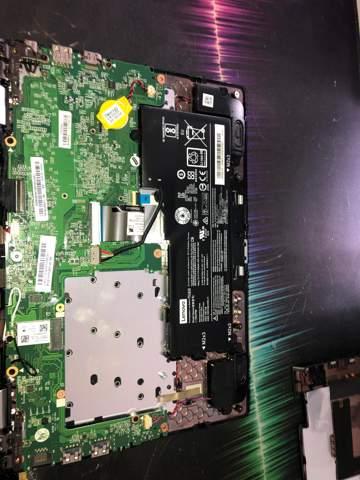Laptop hat kein hdd Anschluss ?