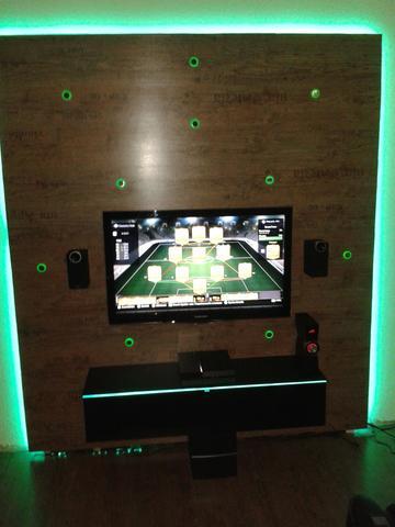 Bild 1  - (TV, Elektronik, LED)