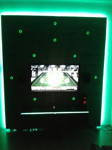 Bild 2 - (TV, Elektronik, LED)