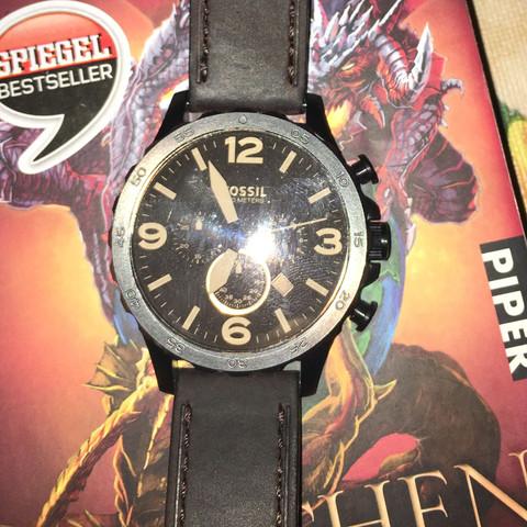 Foto Nr. 1 - (Uhr, Leder, Armband)