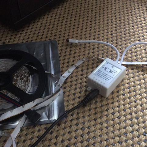 1 ist mit dem Empfänger verbunden  - (Band, LED, Kette)