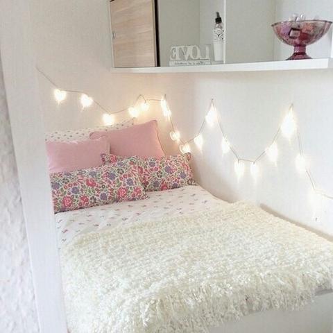 Romantisches bett mit lichterkette  Schlafzimmer Lichterkette: Lichterkette f r schlafzimmer modernes ...