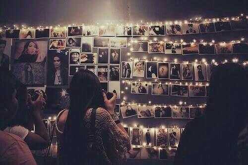 Lichterkette Zum Bilder Aufhängen Gesucht, Wo Finde Ich