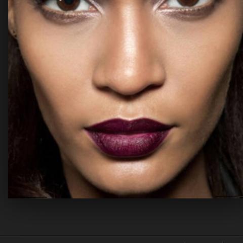 Lidschatten Lippenstift In Lila An Alle Beautyliebhaber Beauty