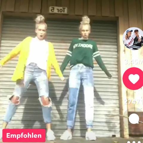 Außergewöhnlich Lisa und Lena sind in Sachen Klamotten eine große Inspiration für #PB_95