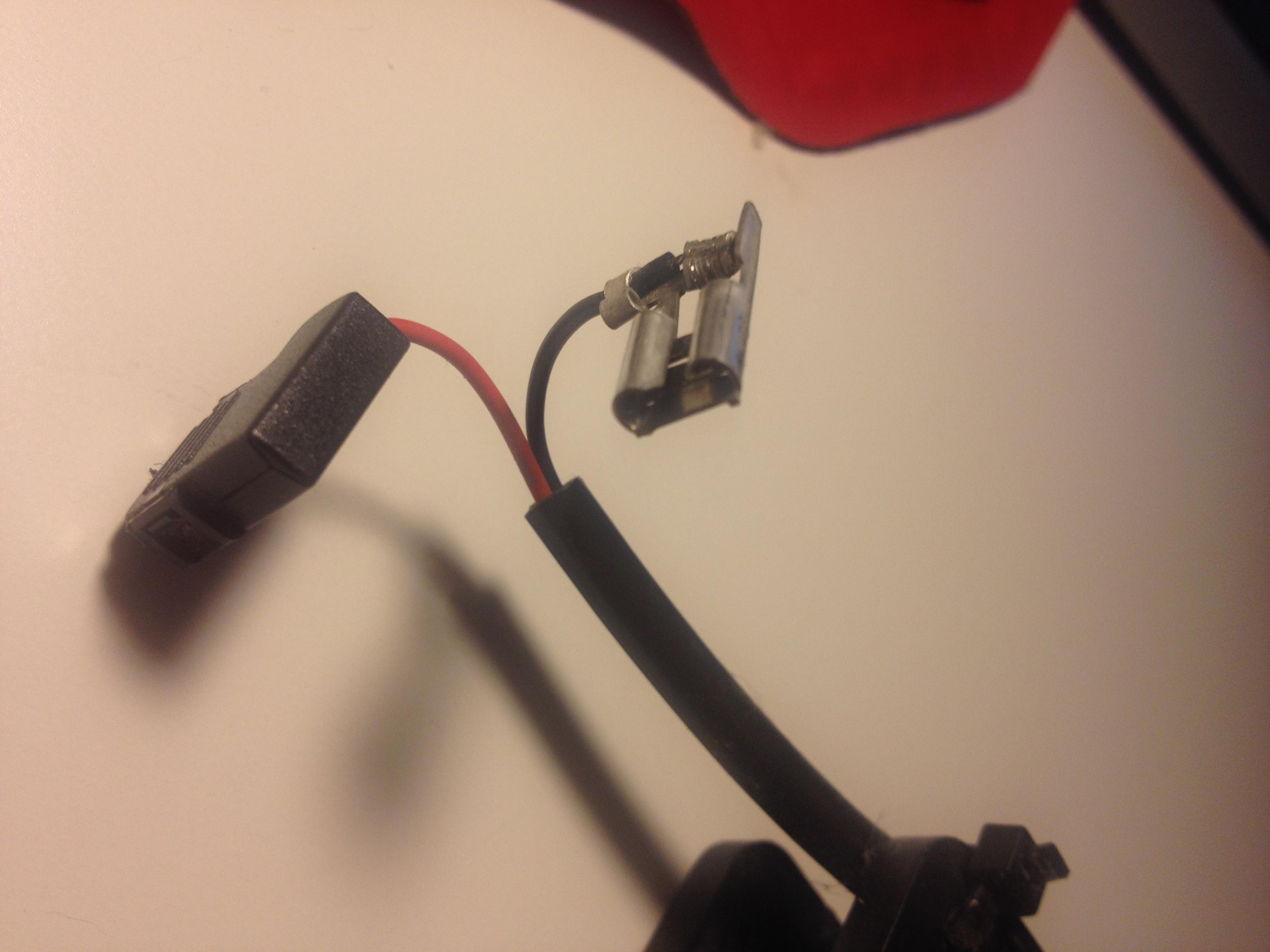 lüfter ersetzen (zu laut) mit ungewöhnlichem anschluss (pc  ~ Kühlschrank Laut