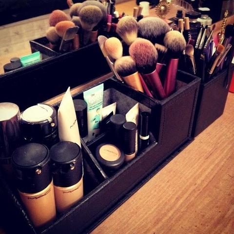 makeup aufbewahrung barbieessister online make up bestellen. Black Bedroom Furniture Sets. Home Design Ideas